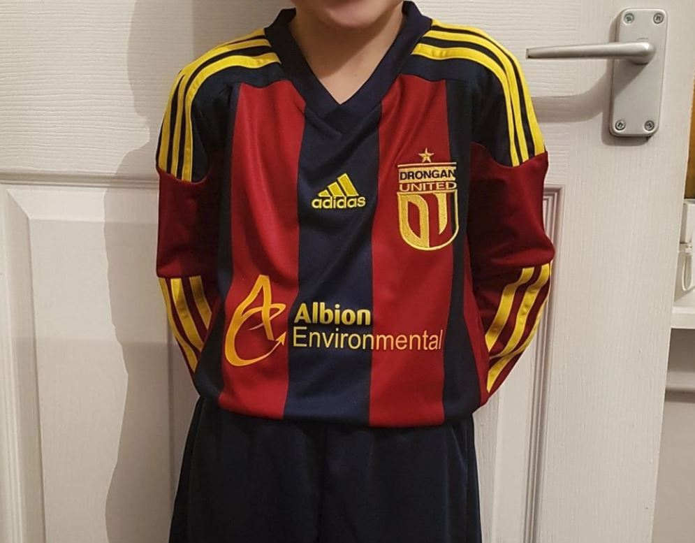 Drongan Utd Kids Delighted With Their New Kits